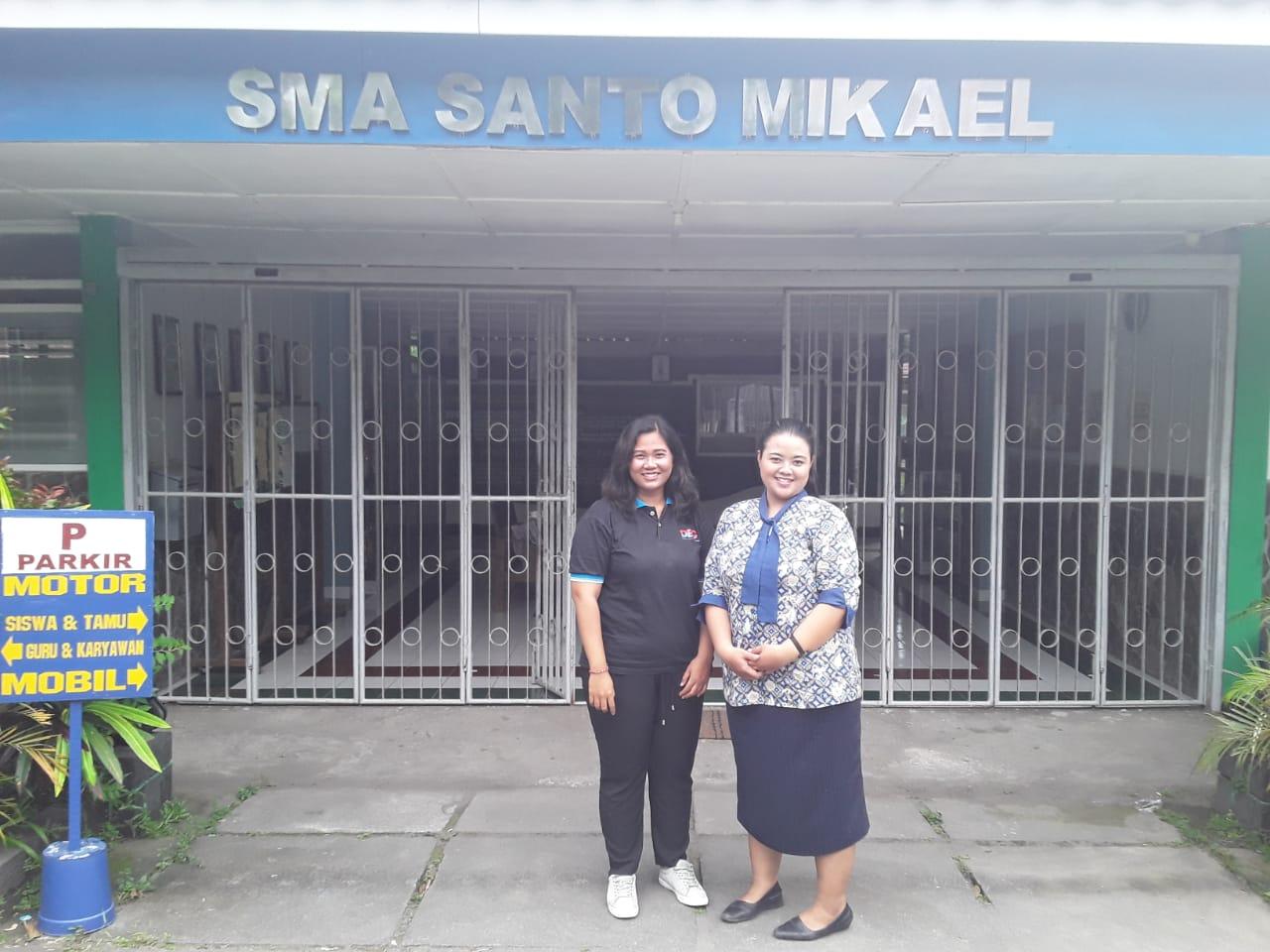 SMA Santo Mikael Yogyakarta